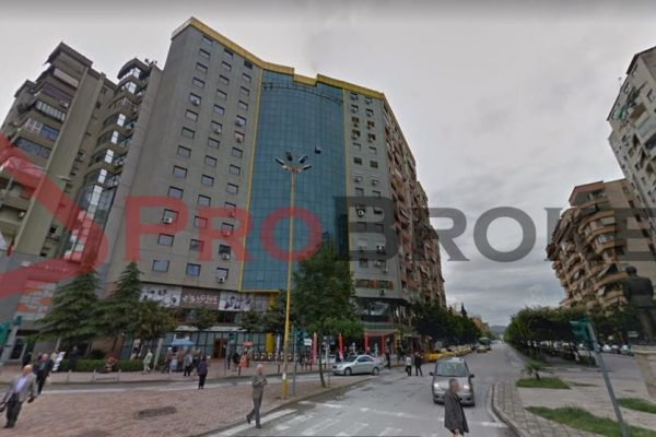 Ambient Biznesi   Me Qira   Rr. Bulevardi Zogu i Pare