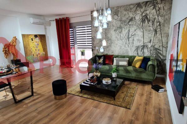 Apartament 2+1   Ne Shitje   Rr. Myslym Shyri / Prane Drejtorise se Policise