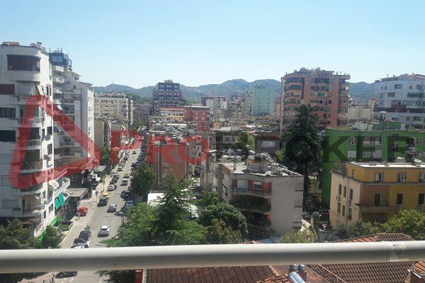 "Apartament 2+1 | Me Qira | Rr. Vaso Pasha / Prane ""CREDINS BANK"""