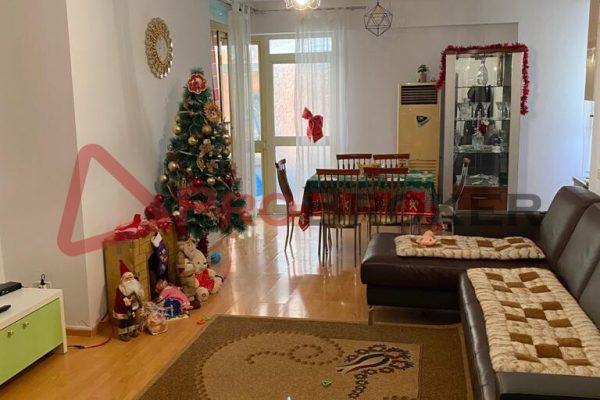 Apartament 2+1 | Me Qira | Rr. Myslym Shyri / Rr. Him Kolli