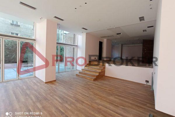 Dyqan | Me Qira | Rr. Frederik Shiroka / Prane Bllokut te Ambasadave