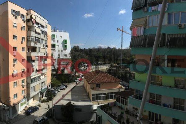 Apartament 2+1 Ne Shitje | Rr. e Elbasanit / Prane Park Gate