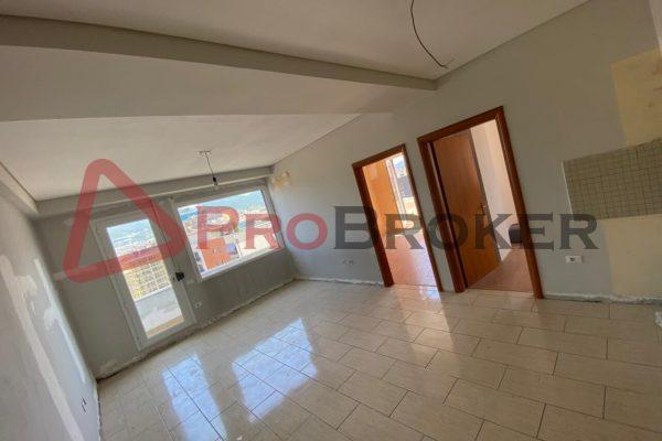 Apartament 2+1 | Ne Shitje | Rr. Barrikadave / Prane Galerise