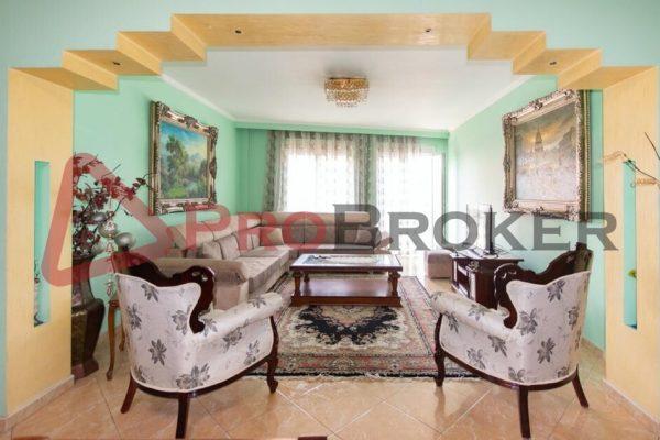 Apartament 3+2+1 | Me Qira | Rruga Elbasanit / Perballe Postes Shqiptare
