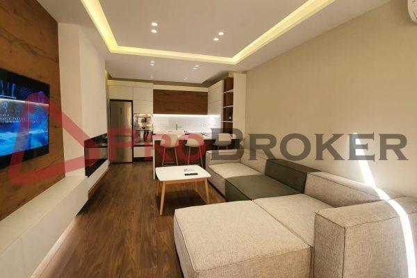 "Apartament 2+1 | Me Qira | Rr. Komuna Parisit / ""Kika 2"""