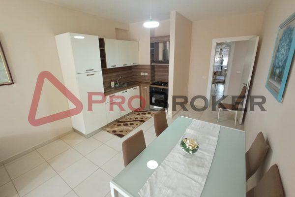 "Apartament 2+1 | Ne Shitje | Tek Komuna Parisit / Prane Kompleksit "" Kika 2 """