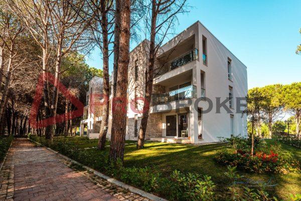 "Apartament 1+1 | Ne Shitje | Gjiri Lalzit / ""San Pietro Resort"""